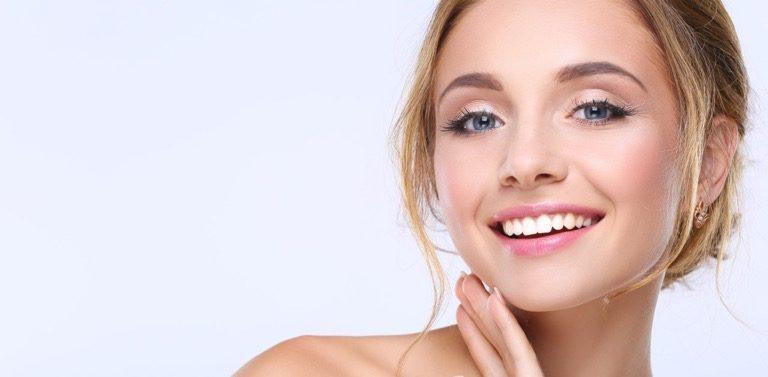 Schöne und gesunde Zähne sind das Ergebnis der Behandlung in der Praxis von Zahnarzt Dr. Ali Al Samarrae in 1040 Wien